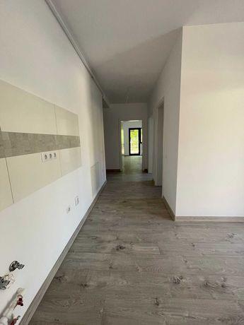 Vand Apartament de 2 Camere zona Piata Rahovei La Cheie