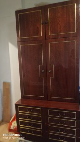 Продажа мебели 3 стенки 1 диван и 2 кресло