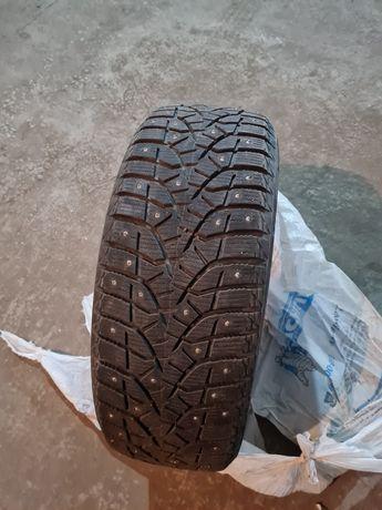 Продам шины бриджстоун состояние отличное