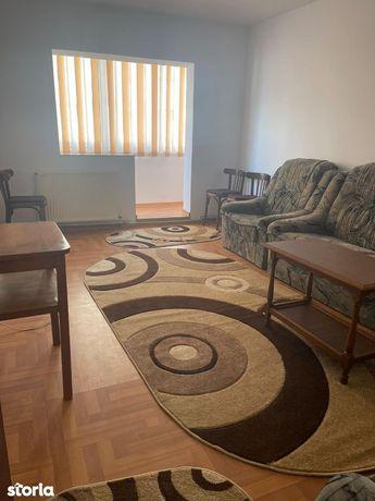 Apartament 4 camere decomandat Calea Bucuresti -Liceul de Informatica