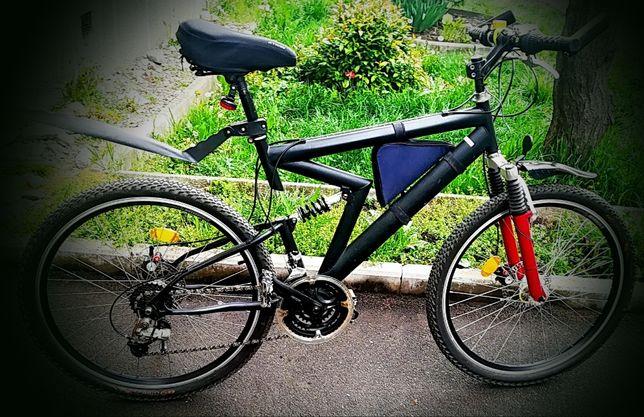 vand bicicleta mountain bike stare foarte buna 780 lei