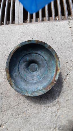 Меден капак от Стара тенджера