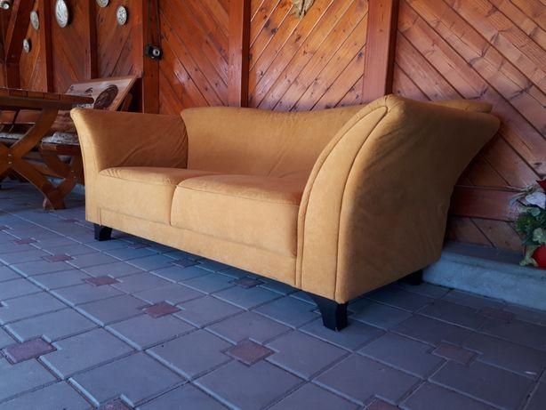 Canapea din Catifea Sofa de Living impecabilă adusă din Germania 3Pers