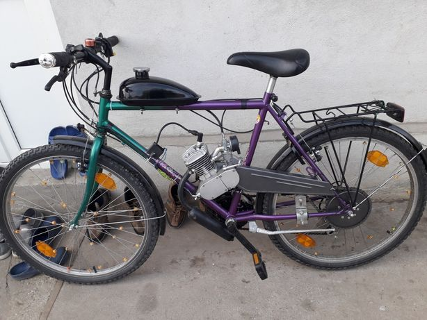 Vand bicicleta cu motor 80 cc