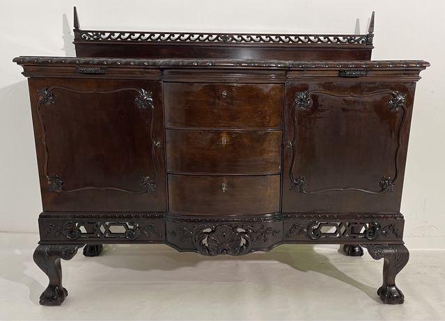 Servantă Vintage Stil Chippendale; Comodă cu Sertare și Uși; Dulap