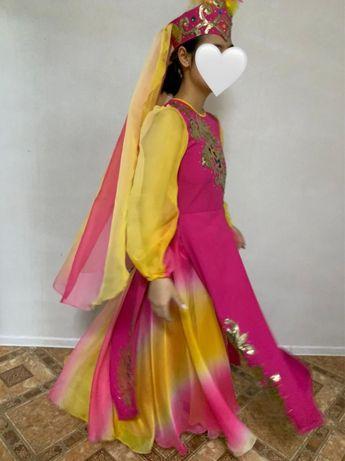 Уйгурский костюм