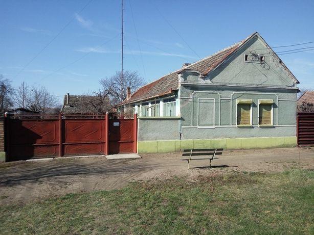 Vand casa comuna Semlac