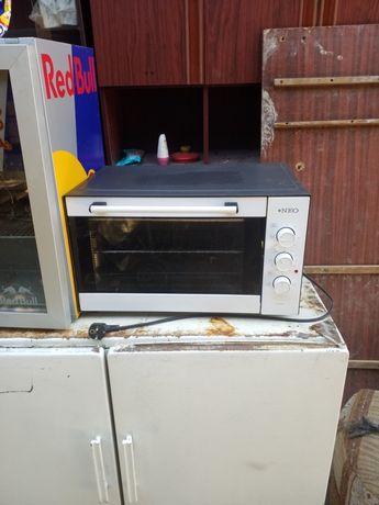 Продам срочно духовку в рабочем состоянии в ремонте не было