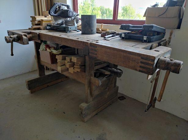Banc pentru prelucrarea lemnului (tejghea lucru lemn)