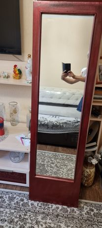 Зеркало в деревянной рамке!!