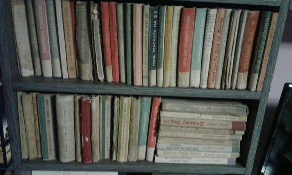 """Книги от поредицата """" Библиотека Военни приключения """" ДВИ"""