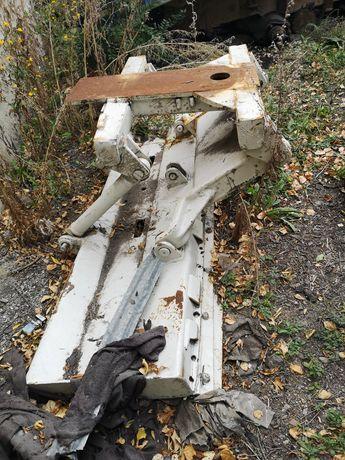 Передний отвал от автогрейдера