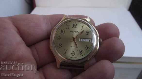 Часовник / СЛАВА / 26 камъка /- КРАСИВ -позлата-работи