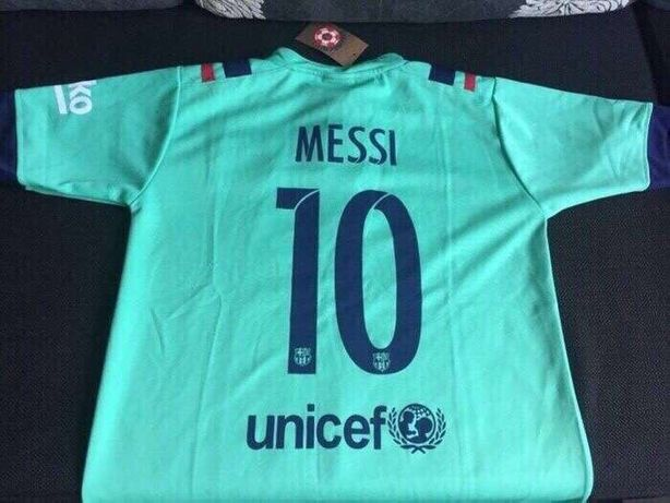 Tricou Messi nou-nout,nepurtat,cu eticheta FC Barcelona 10