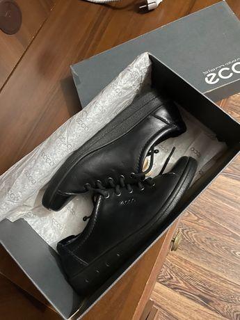 Продам Обувь ECCO