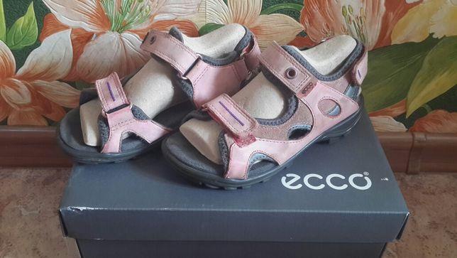 Продам сандалии Ecco (Экко)
