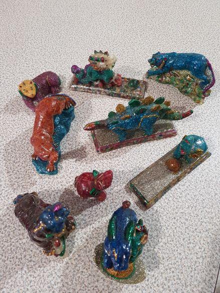 Статуетки на животни / динозаври изработени от скъпоценни камъни - 9бр