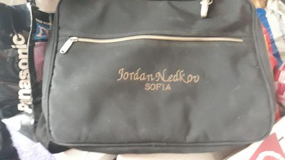 Продавам чанти за лаптоп и документи