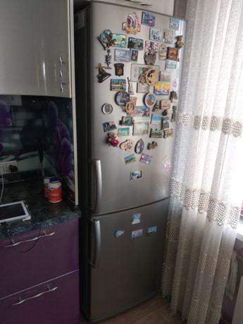 Холодильние LG