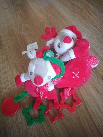 Бебешки играчки, едната е музикална