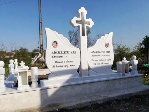 Cruci și lucrări funerare