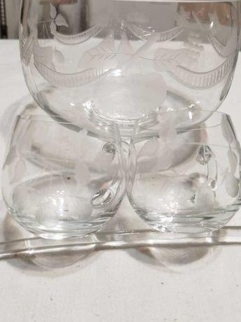 Стъклени Купа с Две Чаши и Черпак