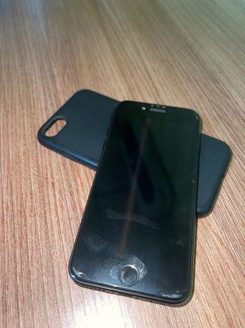 Продам iPhone 7 в идеале
