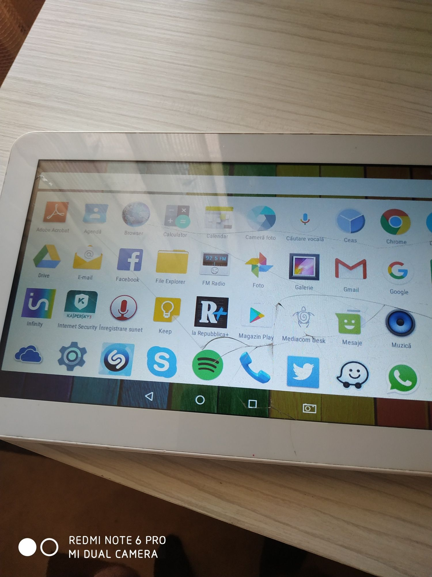Tableta  Mediacom 16GB