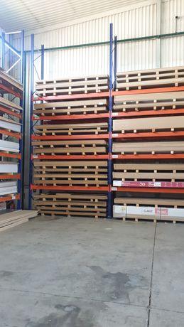 Vând rafturi metalice profesionale reglabile la super preț lichidare s