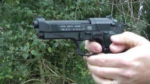 CEL MAI TARE PISTOL -aer comprimat airsoft co2 6amm +munitie