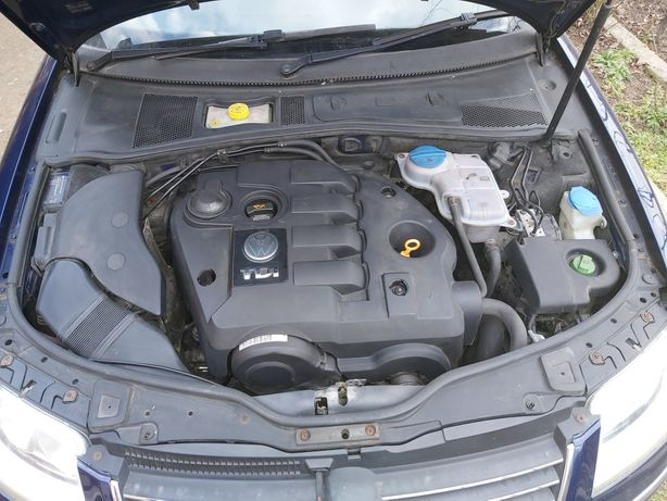 Dezmembrez vw pasat an 2005 motor 1.9.TDI.101 cai .cod motor AVB.