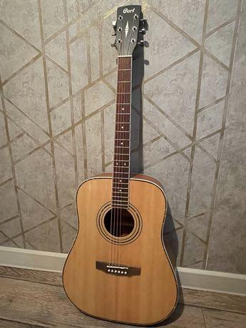 Продам акустическую гитару Cort AD880