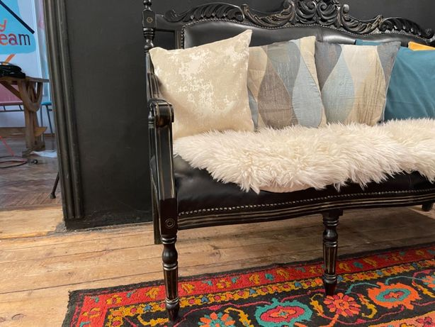 Великолепная антикварная мебель