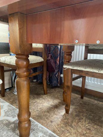 Продам стол с 6 стульями в гостинную