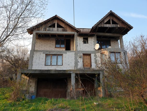 Vila D+P+E1 120mp, Garaj, Beci, Living, 4 dormitoare