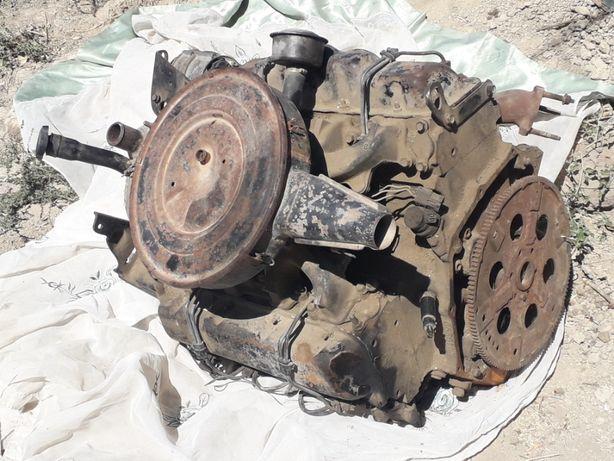 Двигатель Шевролет 6.2 дизель.