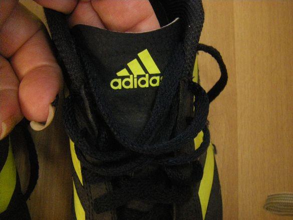 Нови спортни обувки