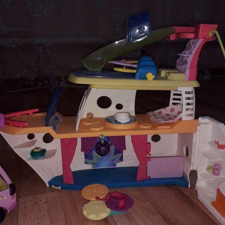 Продам Колекционные игрушки LPS Корабль