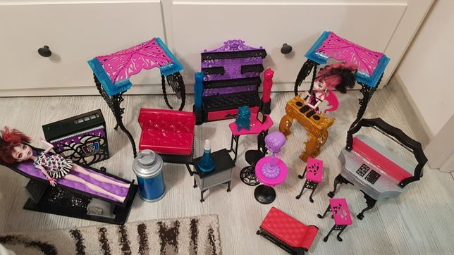 Super set monster high