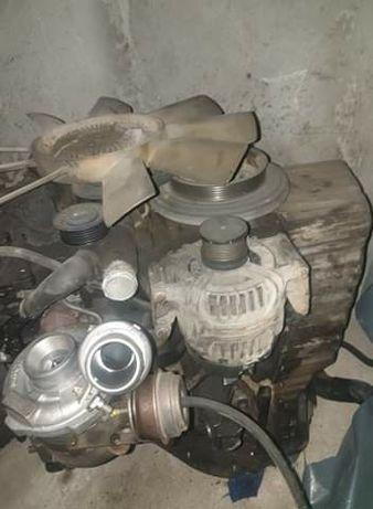 Dezmembrez  motor sprinter313