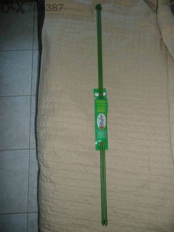 Нови 2бр.пръчки за цветя с дължина 90см.