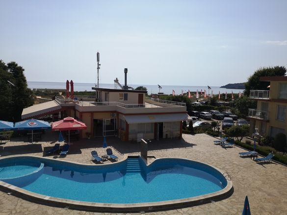 Апартамент Созопол на първа линия, гледка море плаж Каваци и Смокиня