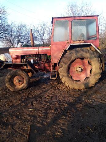 Tractor u 650 de vânzare