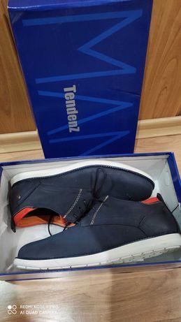 Тъмно сини обувки Tendenz