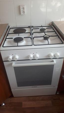 Продам комбинированную плиту Bosch