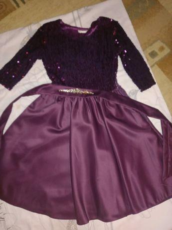 Продам отличные платья
