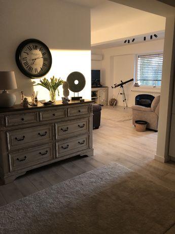 Apartament 3 camere, terasa , mobilat