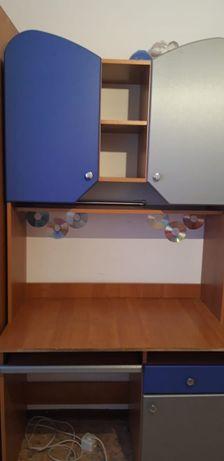 Продам стол для школьников