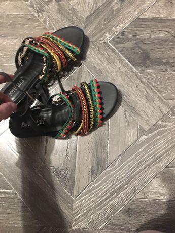 Sandale,cizme piele de vara,jacheta zara,animal print M,rochite s-m