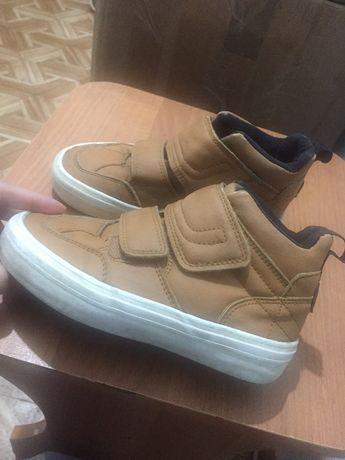 Детские ботинки Зара